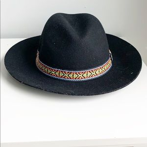 Felt Black hat with colorful band